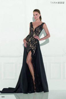 Бални рокли, абитуриентска рокля черна от дантела Tarik Ediz Be Queen бутик София