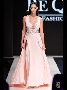нежна розова бална рокля на Be Queen Fashion House